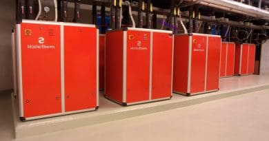 Using heat pumps for cooling technology and industrial waste heat recovery