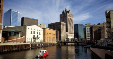 380 Million Gallons of Untreated Wastewater Flows Into Milwaukee Area Rivers & Lake Michigan